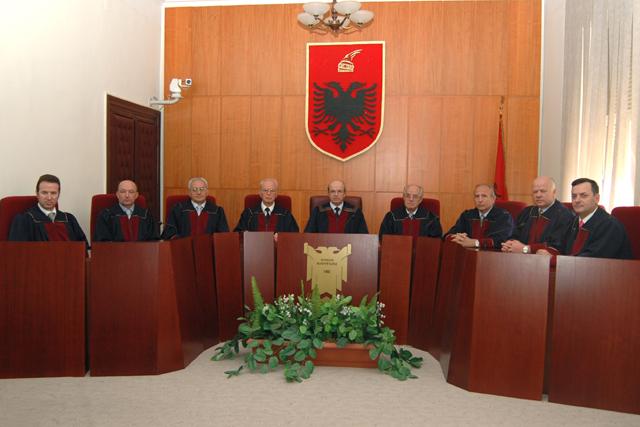 Gjykata-kushtetues